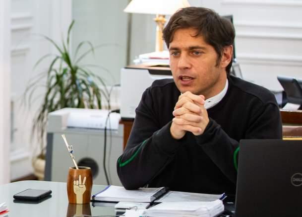 Axel Kicillof en su despacho de la gobernación