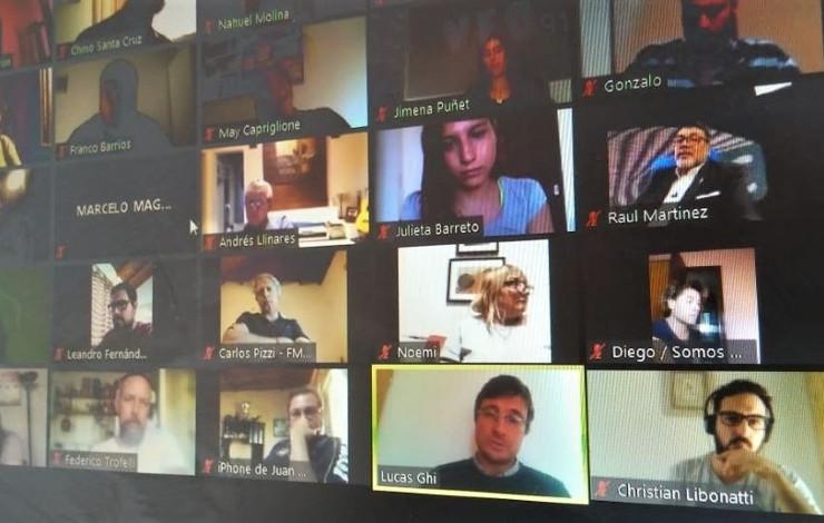 Ghi en videoconferencia con periodistas