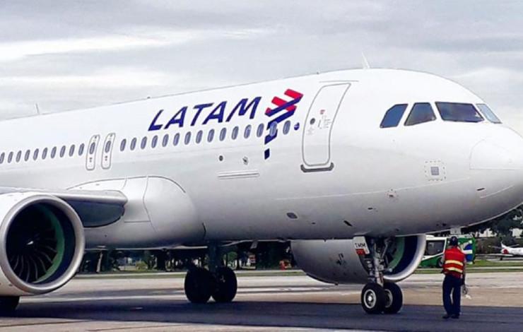 Latam avion
