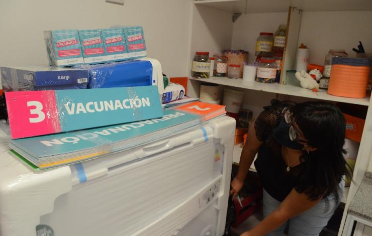 provincia-distribucion-insumos-vacunacion-escuelas