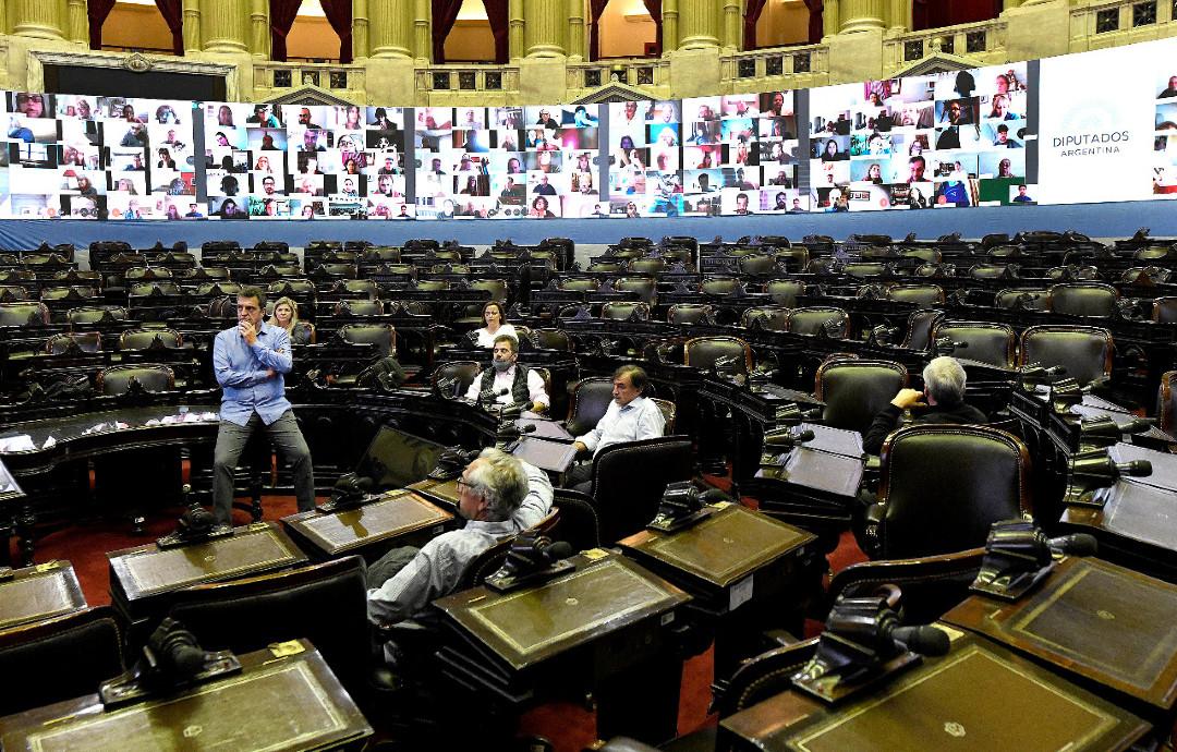 sergio-massa-diputados-preparacion-sesion-virtual