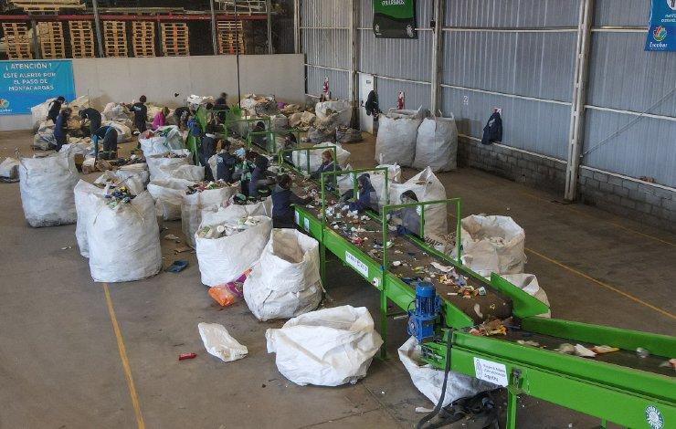 escobar-sostenible-reciclaje-planta-girsu
