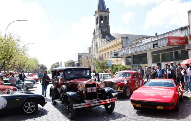 san-miguel-fiestas-patronales-2021-autos-antiguos